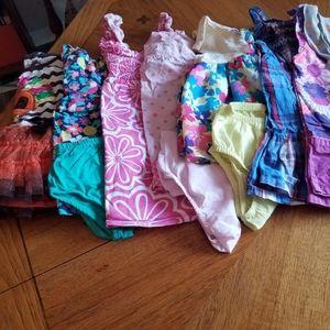 (7) dresses 18m *bundle*